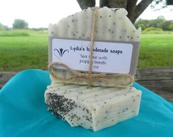 Tea tree/Poppy seeds cleansing soap