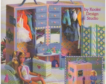 1991 - Vintage Plastic Canvas Pattern Fashion Doll Dressing Room 3093 American School Of Needlework By Don FranzMeier Girl Toy Doll House