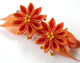 Kanzashi fabric flower hair clip. Orange kanzashi. Orange flower hair clip.