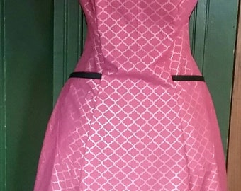 Pretty in Pink Full Apron with Shimmering Gold Accents. Made from a Vintage 1940's Retro Pattern!