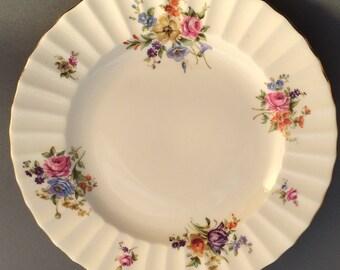 Royal Worcester Roanoke Cream Dessert / Salad Plate