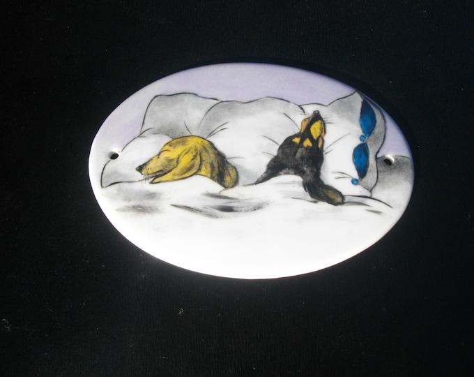 door plaque / / handpainted / / porcelain / / humorous //chiens