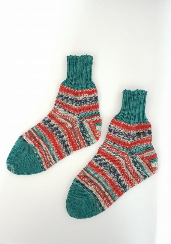 Hand Knitted socks-size 38/39 IsI0hE0fTh
