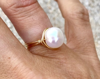 Freshwater Pearl Ring on 14kgf