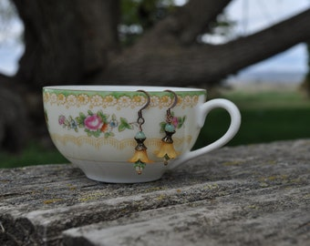 Mini Lucite Flower Earrings