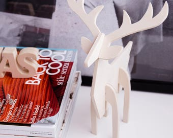 Natural wooden reindeer
