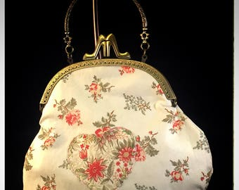 Large Kiss-Lock Purse Handbag with Hand-Applique - Vintage, Victoriana, Bridal #3043