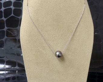 ONE black pearl necklace, 14K white gold, 8mm
