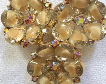 Devine JULIANA Tan Givre On Pale & Topaz Yellow Rhinestone Gems Triple Flower Vintage Brooch Pin