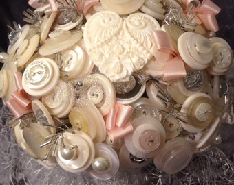Queen of Hearts button bouquet