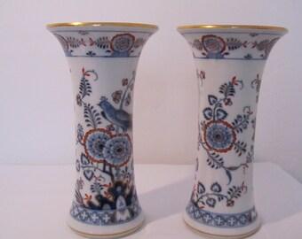 Pair of Meissen ceramic vases, historical Meissen