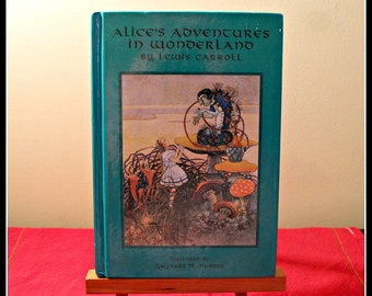 Alice's Adventures In Wonderland By Lewis Carroll, Illustrated Classic Book, Alice In Wonderland, The White Rabbit & Cheshire Cat, Fantasy