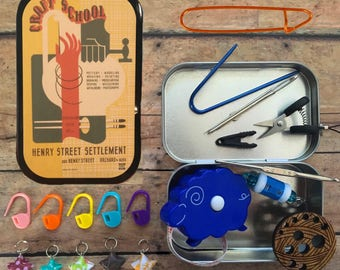 The Knitter's Tool Altoid Tin with notions for your Knitting Project Bag - Vintage Craft School