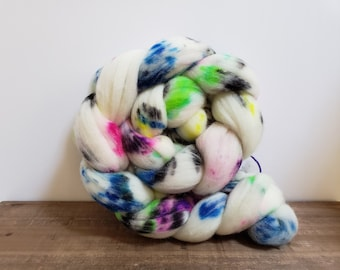 Superwash Targhee- USA- Organic- combed- wool top- roving- 4oz- Hand Painted-Hand Dyed- Space Unicorn( Lite)