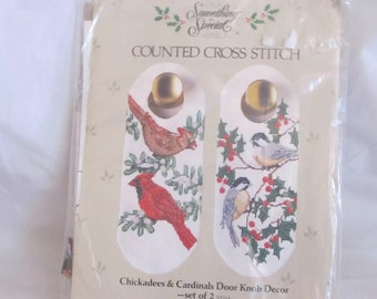 Beau Cardinals U0026 Chickadees Bird Holiday Door Knob Decor Counted Cross Stitch  USA NIP