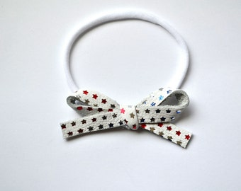 White with Red Silver Blue Stars LARGE Leather Bow One Size Fits All Elastic Photo Prop for 4th of July Memorial Day Labor Day Headband