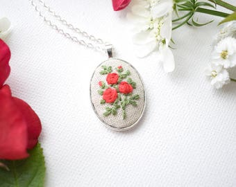 Hand Embroidered Roses Pendant, Red Roses Necklace, Traditional Roses, Hand Embroidered Pendant, Textile Jewellery, Romantic Roses