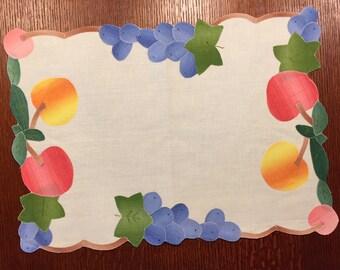 Vintage Linen Applique Placemats Like New - Spring Summer Easter