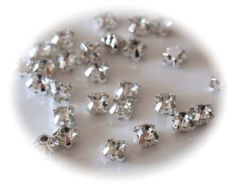 10 RHINESTONE set in glass transparent and silver metal
