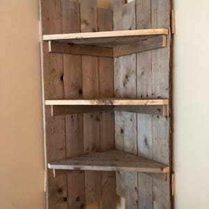 Rustic Pallet Corner Shelf, Kitchen Shelf, Pallet Wall Decor, Rustic Wall  Decor,