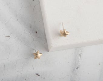 Gold star stud earrings, gold stud earrings, constellation jewellery, star earrings, simple earrings, minimalist earrings, stud earrings