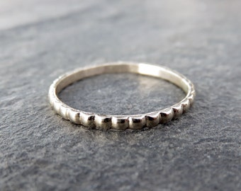 Solid 14k Gold Scalloped Wedding Band - Gold Stacking Ring in White Gold or Yellow Gold - Beaded Wedding Band, Pillow Pattern Ring