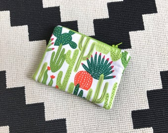 Cactus Mini Zipper Pouch - Cactus Gifts - Diaper Bag Pouch - Zip Pouch - Padded Oil Pouch- Cosmetic Pouch - Cactus Bag- Cactus Coin Purse