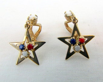 Vintage Star Earrings / Red, White and Blue / Rhinestones / 1968 / Gold Tone / Clip-ons / Dangle Earrings / Patriotic / Independence Day