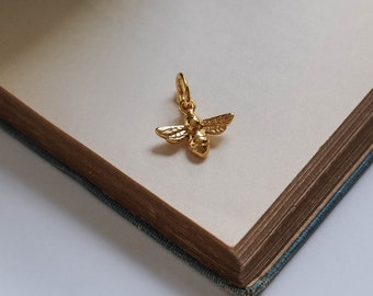 Bee Charm in 18ct Gold Vermeil