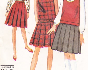 """Vintage 1960s Girls Sewing Pattern Top Skirt and Blouse McCall's 7472 Size 10 Bust 28"""""""