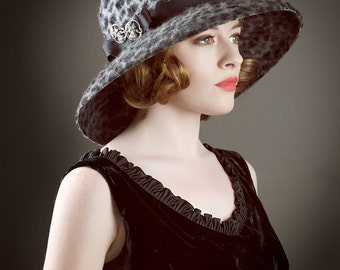 Great Gatsby Hat leopard print Cloche 1920s Flapper  Wide Brimmed cloche fur felt