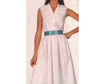 Simplicity Sewing Pattern 5964 Misses' Pullover Dress   Size:  H  6-8-10  Uncut