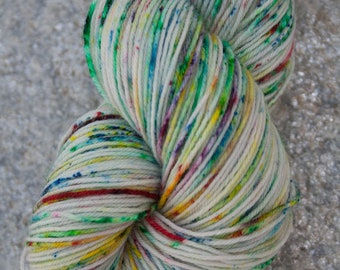 SPECKLETACULAR - handdyed superwash 75/25 BFL/Nylon speckled fingering weight sock yarn skein 100g/464yards
