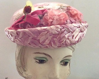 Vintage 1950s 1960s Hat Pink Cellophane Straw Flowers Bumble Bee Label Is My Hat's A Michele