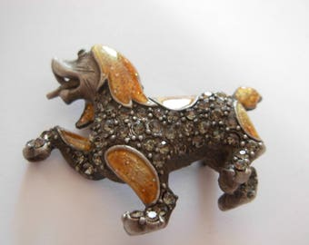 Vintage Snow Sled Dog or Husky Silver Metal, Crystal / Paste & Enamel Brooch Pin