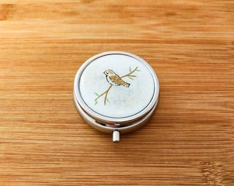 Round Silver Metal Pill Box - Yuzen/Chiyogami - 3 Compartments - Brown Bird