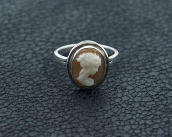 Oval Cameo Ring