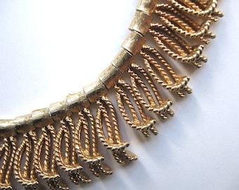 Vintage 1960s Gold Tone Fringe Bib or Collar Necklace