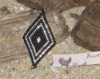 Bracelet medaillon Miyuki Délicas black and silvered