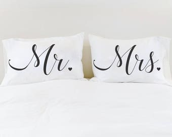 Pillowcases Wedding Gift Mr and Mrs Pillow Case Set His and Hers Pillowcases Unique Wedding Gift Bridal Shower Gift for Newlyweds Mr and Mrs