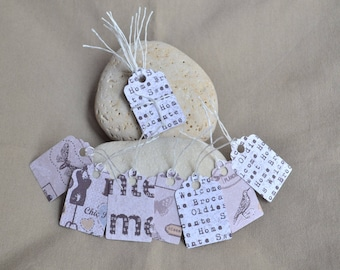 Set of 14 tags for gift wrapping