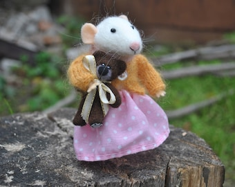 Little mouse needle felted mouse Needle felt mouse Felted animal Miniature mouse doll White mouse felted animals wool mouse felt mice toys