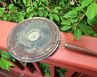 Vintage Heat Diffuser With Wooden Handle