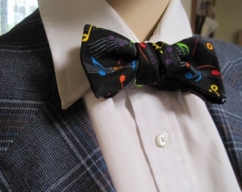Mr Skinny Rainbow Musical Notes bow Tie