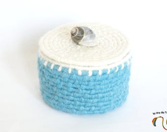 Jar with lid, blue and ecru, textile basketry, shell, organizer