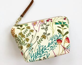 Essential Oil Bag / Essential Oil Pouch, Oil Storage Bag, Essential Oil Travel Bag/ Flower Oil  Bag