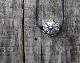 "Women's Choker Necklace - FlowerChoker - 16"" adjustable"