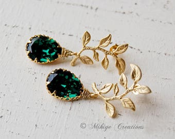 Emerald Bridesmaid Gift, Bridal Chandelier Swarovski Crystal Cubic Zirconia Drop Earrings