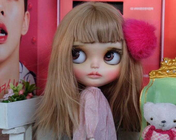 NARIS is looking   for love. OOAK custom blythe doll