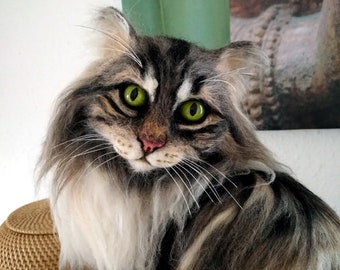 Artist Cat/ Collectible/ Needle Felted/ Norwegian Forest/ Life-Size/ OOAK